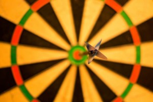 bulls-eye-bull-darts-game-win-success-score